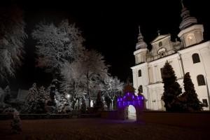 Zdjęcia kościoła w zimowej odsłonie